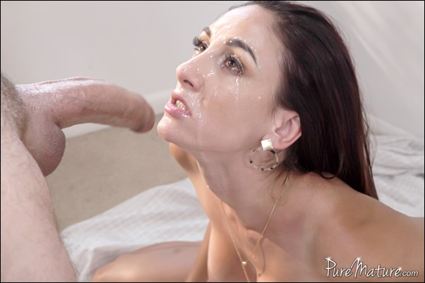 puremature-artemisia-love-25